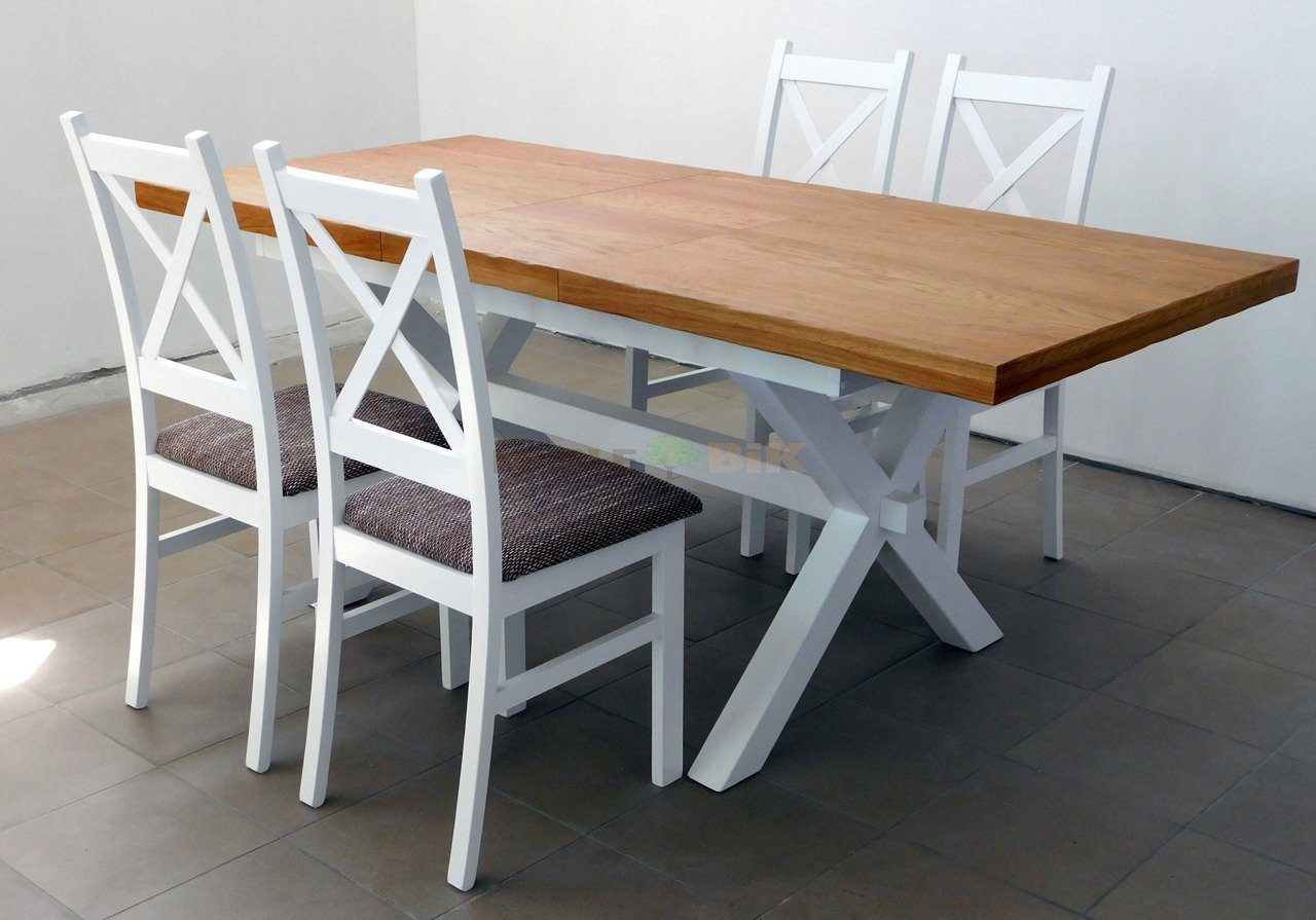Stół X z krzesłami